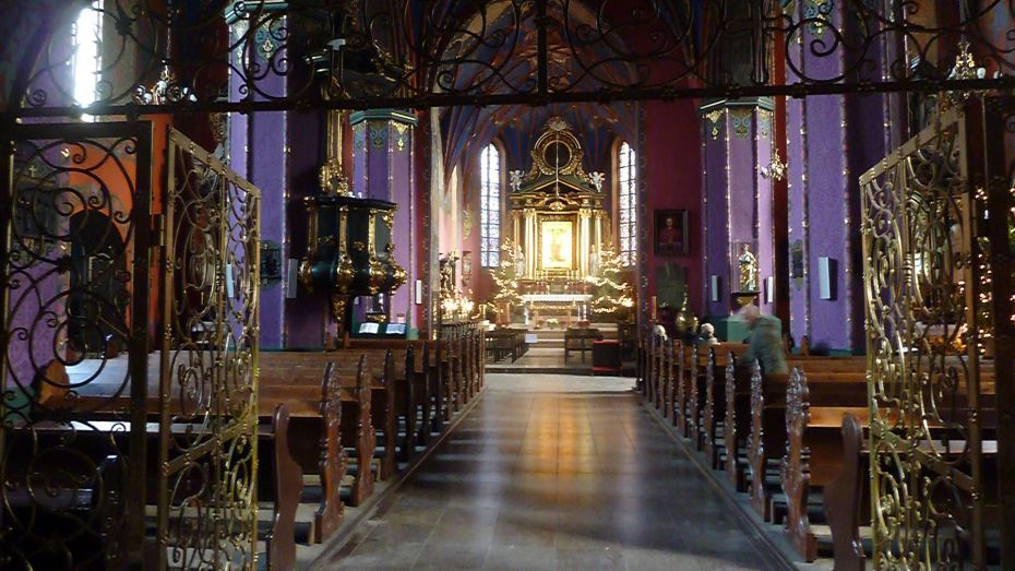 Inside the colorful St. Martin & St. Nicholas Cathedral