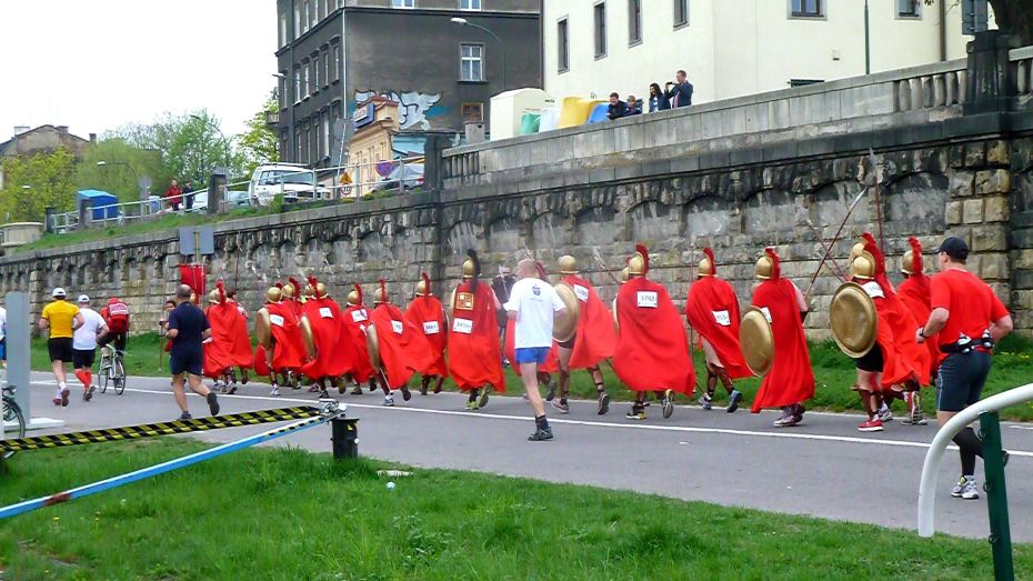 "Runners in the Krakow Marathon run ""for Sparta!"""