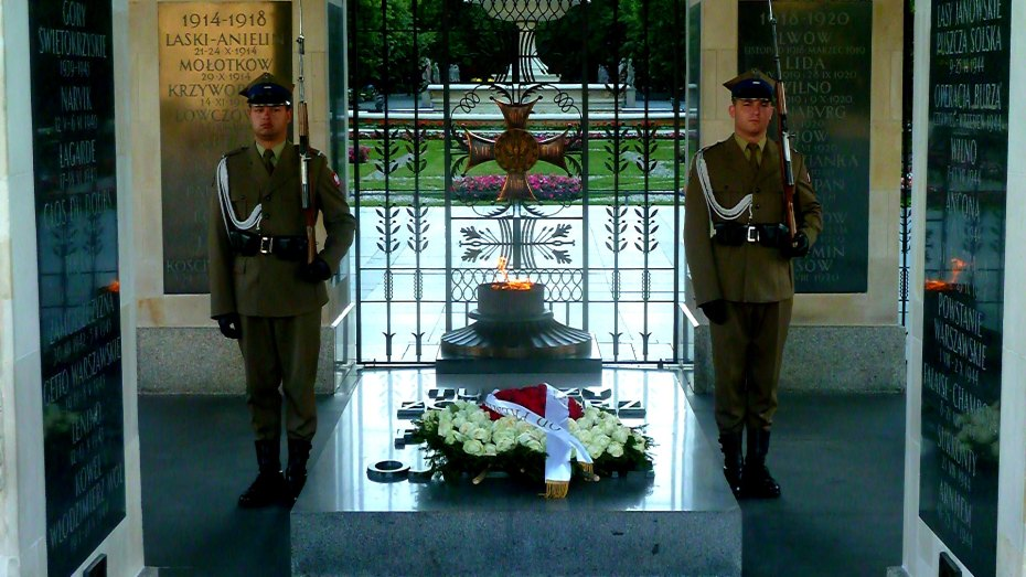 Tomb Of The Unknown Soldier in Warsaw, Poland
