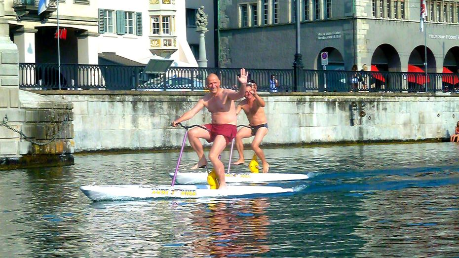 Surf bikes on Zurich Lake